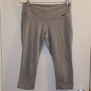 Nike Yoga Pants Size M
